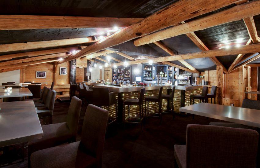 Amenagement Bar Pub La Clusaz